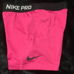 Girls large, pink Nike pro sliders